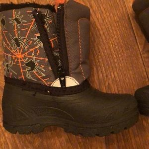 Other - Winter boots size 6